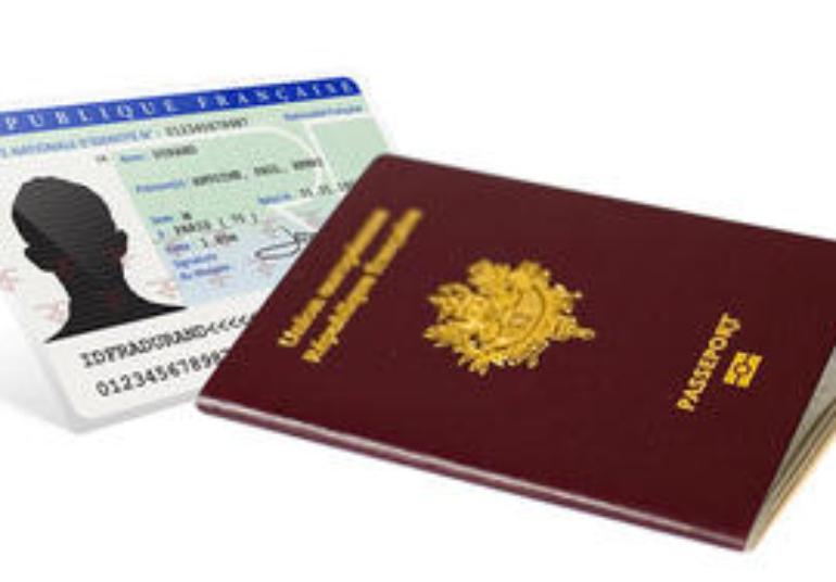 Renouvellement-de-carte-d-identite-ou-de-passeport-n-attendez-pas-les-vacances_large